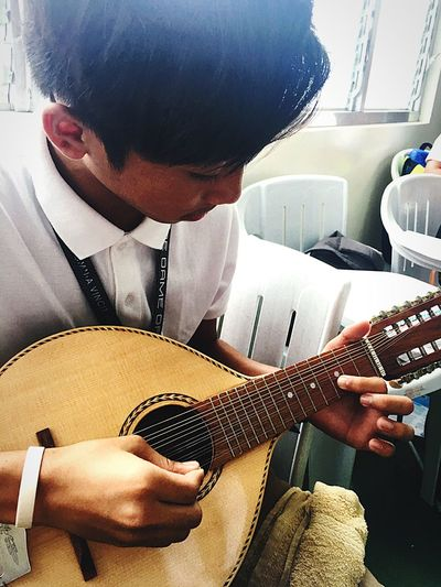 Classmate ❤️ Bestmate Of Mine😊 Look! 😶 He's Interested And Serious 🙂 To Play Bandurria 😍 Best Friend🙈 Teaching Him On How To Play With That Instrument 😺 Sharing Knowledge 😀 One Man Only Skill  Friendship. ♡