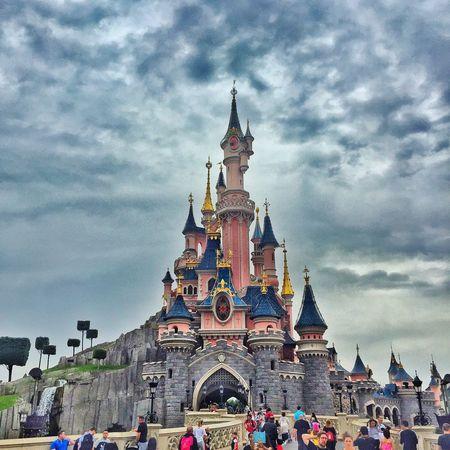 Disneyland, where the childhood dreams begin Paris Childhood