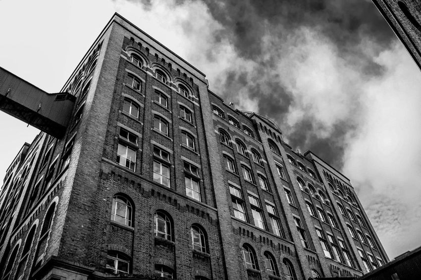 Building Built Structure Low Angle View Sky Cloud - Sky Architecture No People Building Exterior Outdoors Day Ireland Dublin Old Steeetphotography 18-135mm Canon60d Blackandwhite City Street City Life Architecture World Bricks Brickstones Old Buildings