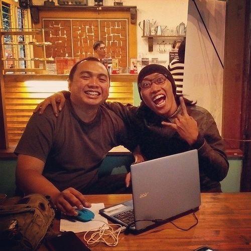 temu gila @warunggumbira Bogor Foodcourt Crazy Lenovotography