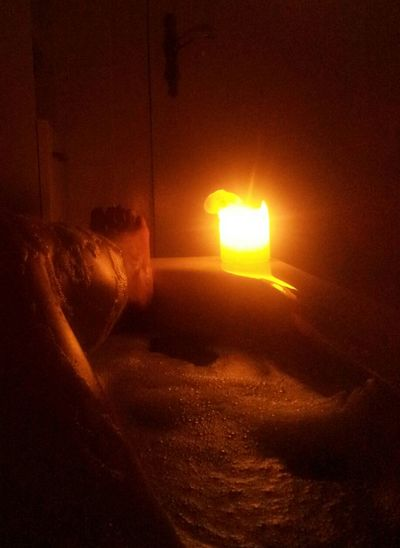 Entspannung in der heimischen Badewanne Relaxing