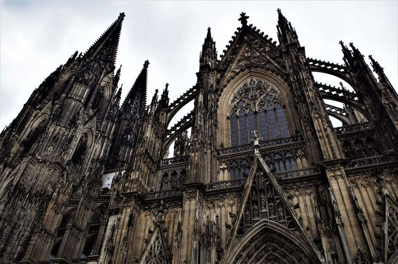 Kölner Dom K Kölner Dom Architecture Built Structure Cologne Cathedral Day Gothic Style History Kathedrale Low Angle View No People Outdoors Place Of Worship Religion Sky Spirituality Travel Destinations
