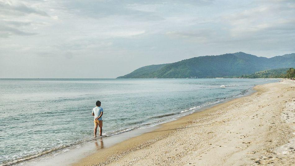 • walk barefoot.. Barefoot Life Is A Beach Summer Views Human Vs NatureSonyNex3 Mirrorless EyeEm Nature Lover Thailand EyeEm 2015 A Day In Thailand