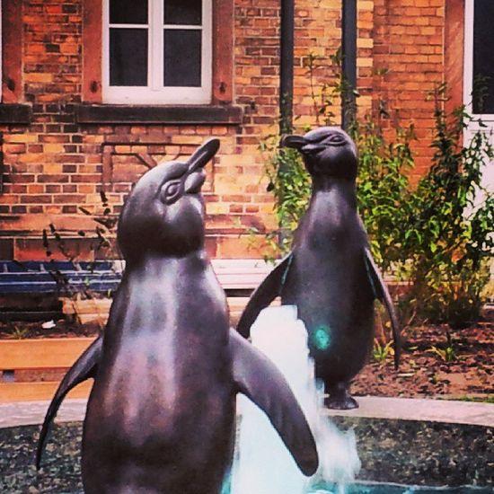 Großauheim Pinguine August Gaul Bronze Brunnen