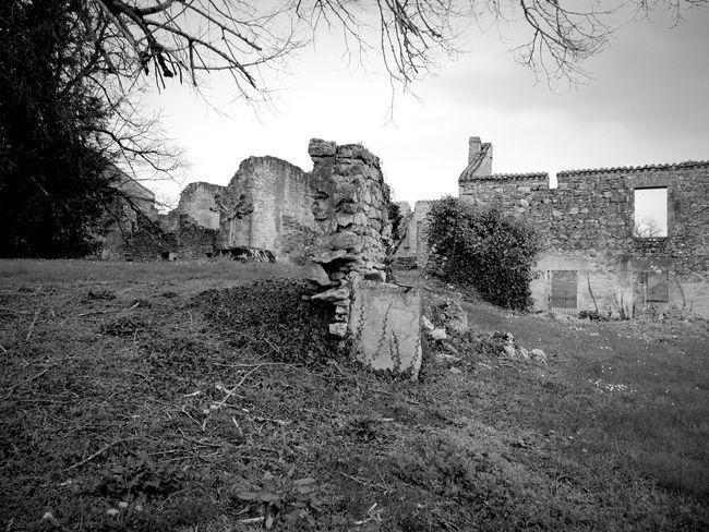 Oradour Sur Glane France Limousin Haute-vienne Bomb Damage Ruined Destroyed Memorial Ruined Buildings