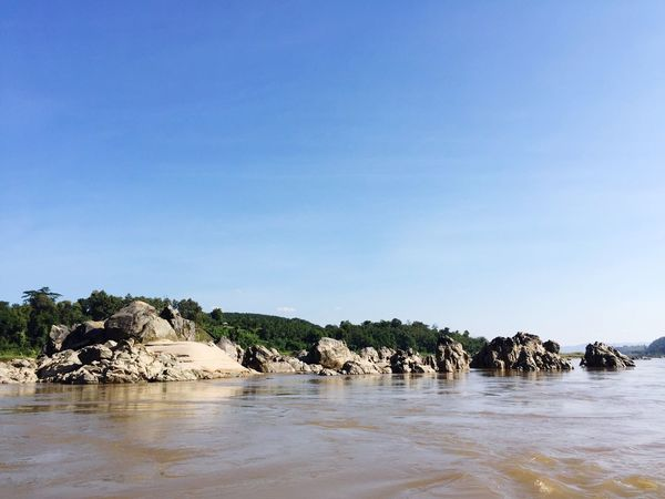 Nature Blue Clear Sky Water River Tree Beauty In Nature Scenics Outdoors Day Rocks And Water Rock - Object Cruise Traveling Summer Calm