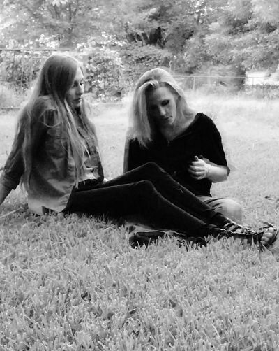 Grass Sitting