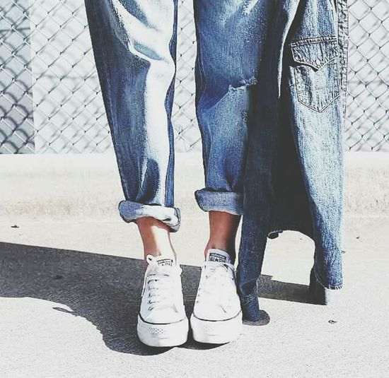 Fashion Street Style Blue Jeans White Chuck Taylor Indie Style
