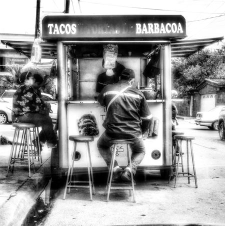 Tacos! TacosMexico Tacos Time Relaxing @laloneko Photography Mexico FujiFilm X20 Fujifilm_xseries Fujifilm Blackandwhite B&w Bestphotooftheworld Monochrome