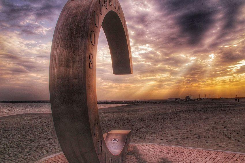 THE サザンビーチww 天使の梯子添え。 サザンビーチ 天使の梯子 あなたと見隊 あなたがいるソラ 海 月命日デート