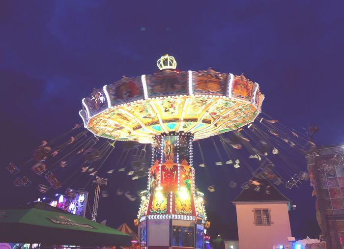 Schueberfouer Fouer Kermesse Kirmes Kirmes! Kirmes 💗 Funfair Funfair🎡 Funfair Streetphotography Funfair Photography Funfairs Luxembourg Karussell Karussel Carousel Caroussel Carouselphotography Carousel Lights Carousel Ride Carosello