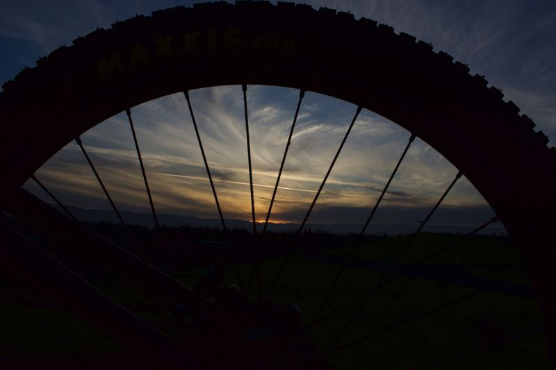 The Big Medley / Dream Theater https://www.youtube.com/watch?v=We3Kr8TTRWQ  what a ride tonight, this bonus scene was among the included mayhem. (photo NOT edited) Last Remaining Light Backgrounds Solitude Mountainbike MTB Bicycle Bike Outdoors Photograpghy  Cloud - Sky Clouds And Sky Spokes Wheel Sunset Silhouettes Sunset_collection Whatever No Budget Photography Silhouette No People Sky Sunset Outdoors Nature Day