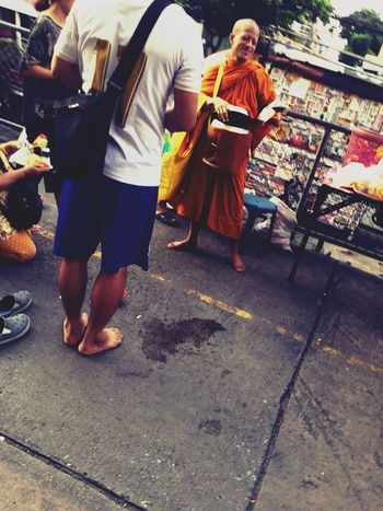 Doinggood Offerfood Offering Buddhism Monk  Morning Smiling Peple Photography Streetlife Lifestyles Thailand a Day Asian Culture