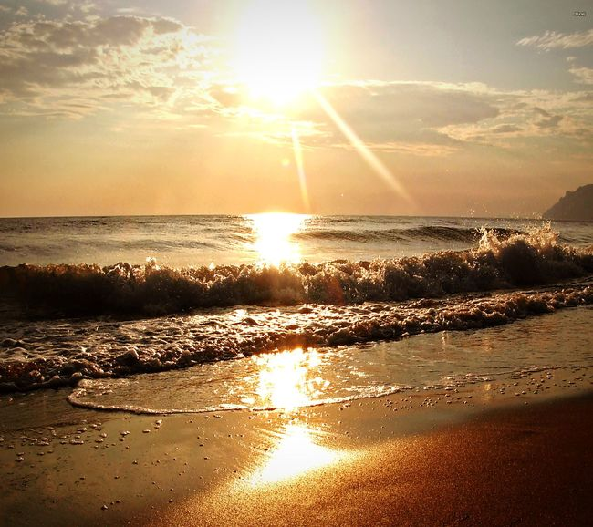 Sea Water Sunset Sunbeam Nature Beach Sunlight Beauty In Nature Sky Love Istanbul Turkey Antalya Popular Photos First Eyeem Photo EyeEmBestPics EyeEm Best Shots EyeEm Gallery EyeEm Day Photography No People Looking At Camera EyeEmPaid My Favorite Photo