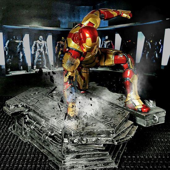 EPIC LANDING... Action Figures Toyphotography Marvelmovies Marvel Theavengers Iron Man Toygallery