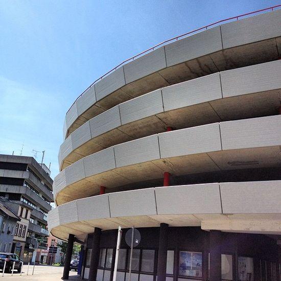 #nrw #rheydt #architektur #architecture #parkhaus #city #nrw Archigood Rheydt Architectureye Architecture City Parkhaus NRW ArchiTexture Architektur Architecturelovers Archilovers