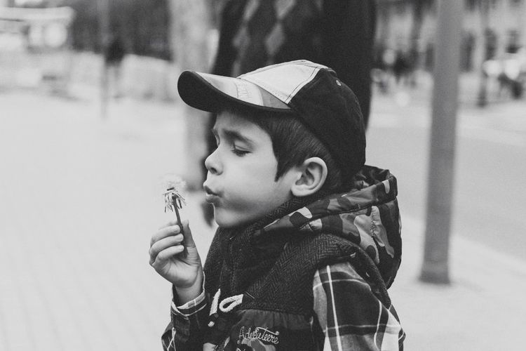 Wishing | Open Edit Blackandwhite B&W Portrait Streetphotography Streetphoto_bw Portrait Street Portrait Boy Black & White Black And White