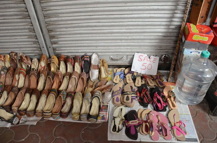 Shoe Sale Abundance Choice Colaba For Sale India Market Stall No People Retail  Roadside Shopping Shoes Street Shopping Incredible India India