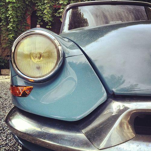 Citroen Id19 Instacar 1959 frenchcar vintage road roadtrip blue white bleuemontecarlo hautesavoie drive drivers