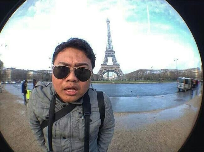 Olloclip Fisheye Tour Eiffel Self Portrait Eurotrip