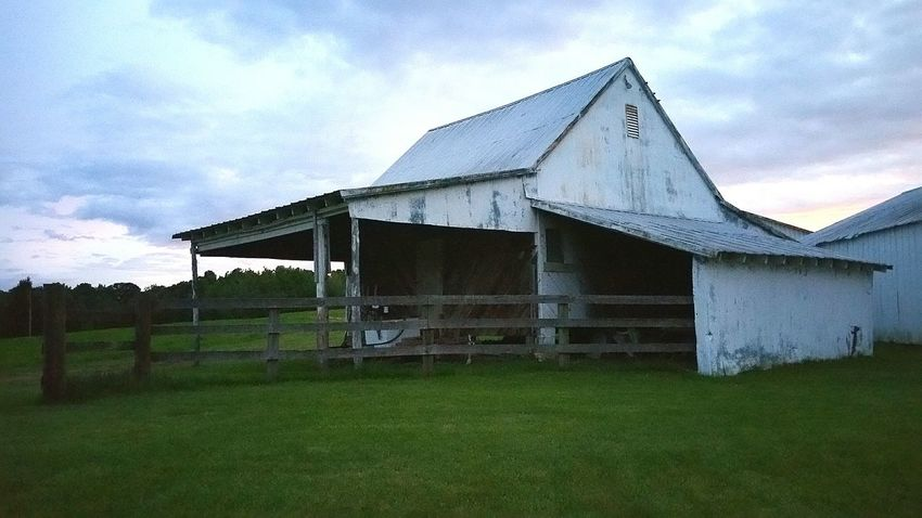 Barn Barnology Abandoned Buildings USA Samsung Galaxy Note 4 Nature Country Living Country Life Farm Life This Week On Eyeem Mypointofview Showcase June