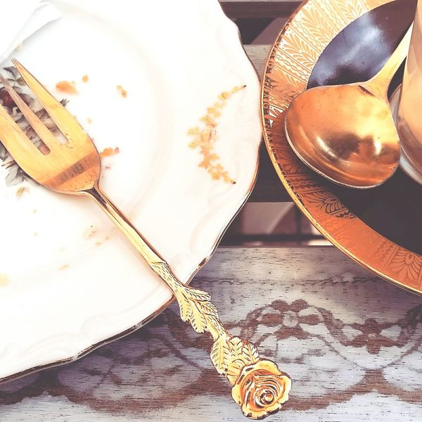 Indoors  No People Table Close-up Details Romantic Romance Vintage Cuttlery Plates Coffee Time Cake Time Valentine's Day  Golden Moments  Detail Everyday Joy Everyday Life