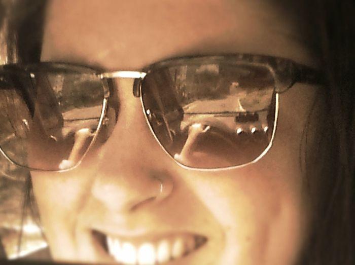 ♥ paixão por óculos ♡ Hanging Out