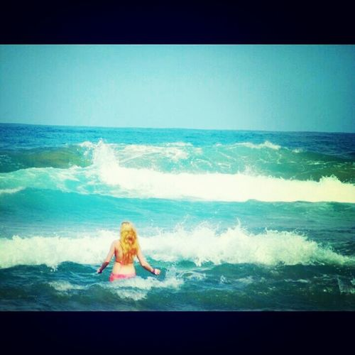 Beach Waves Blonde Blue