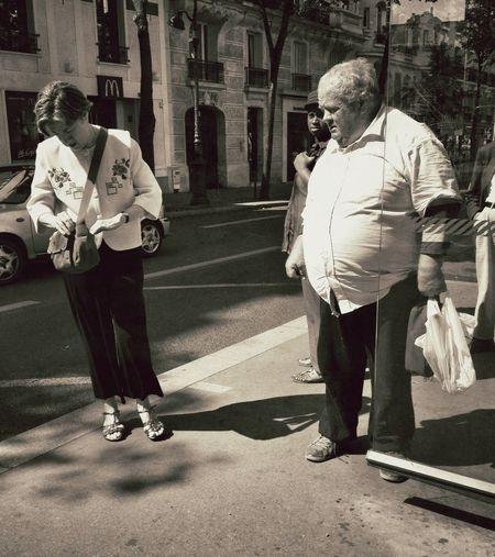 Dans la série L'eau à La Bouche Savoir flairer le chocolat... Streetphotography AMPt_community AMPt - Street