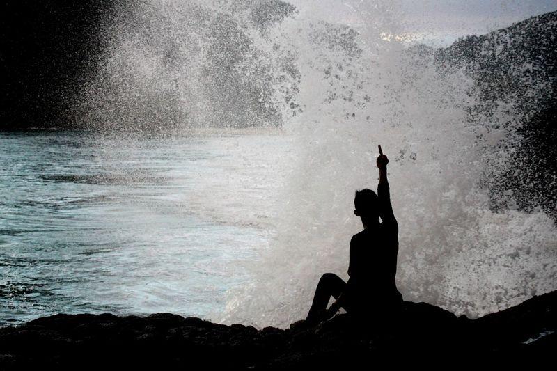 nantang ombak broh. Enjoying Life Taking Photos Tantangombak Ombak Selong Belanak, Lombok First Eyeem Photo