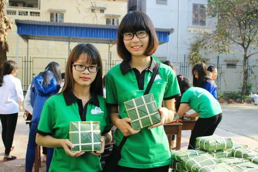 Child Student Community Charity And Relief Work People City Writing Volunteer Women Education Outdoors Young Women Environmentalist Teamwork Adult Nature Day Junior High Community Outreach
