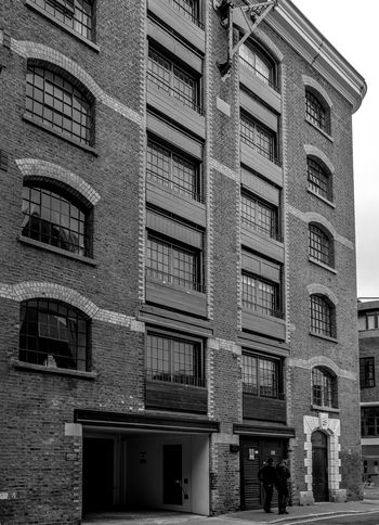Pierhead Wharf, Wapping High Street, Wapping, London Architecture Wharf FUJIFILMXT2 London Black And White Monochrome Photography Wapping Monochrome FUJIFILM X-T2 Warehouse Docks Architecture