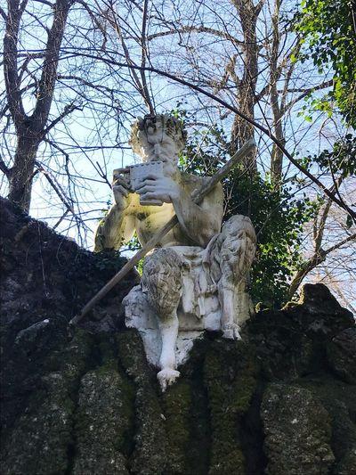 Statue Human