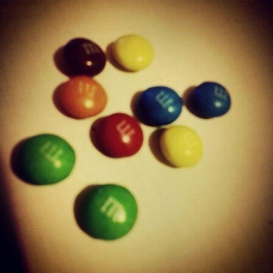M&m M &m конфетки сладкоежка