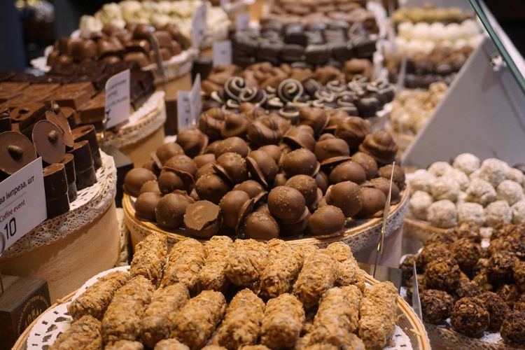 sweet candy bar#4 Abundance Arrangement Choice Close-up Coffee Bean Day Food Food And Drink For Sale Freshness Hazelnut Healthy Eating Heap Indoors  Large Group Of Objects Market Market Stall No People Nut - Food Price Tag Retail  Store Sweet Food Variation Walnut