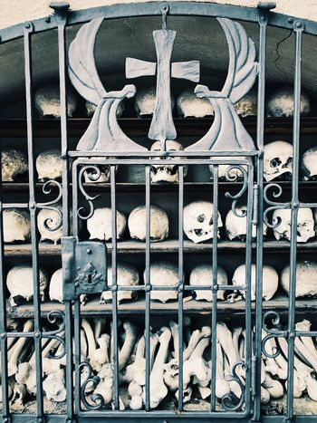 Beinhaus Scull Charnel House Church Graveyard Holy Sightseeing Visitbavaria Bayern Discover Your City Fünfseenland Ammersee Travel Sights & Views  Explore Outdoors Heimat Dahoam VSCO Historical Building Cityscapes Denkmal Travel Photography Travel IPhoneography