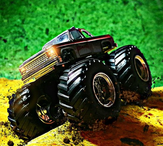 BIG EFFECT Diecast Diecastphotography Diecastcars Bigfoot Toygroup_alliance Toygallery Cars