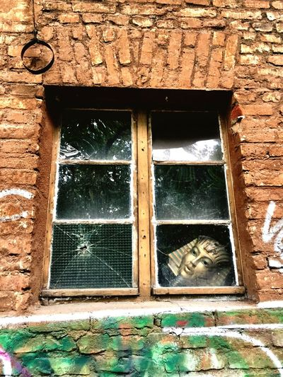 Window Low Angle View Architecture Day Building Exterior Built Structure No People Outdoors Looking Egyptian Stareing Dead Decay Decaying Decayed Beauty Broken Glass Broken Window Broken Individuality The Week On EyeEm