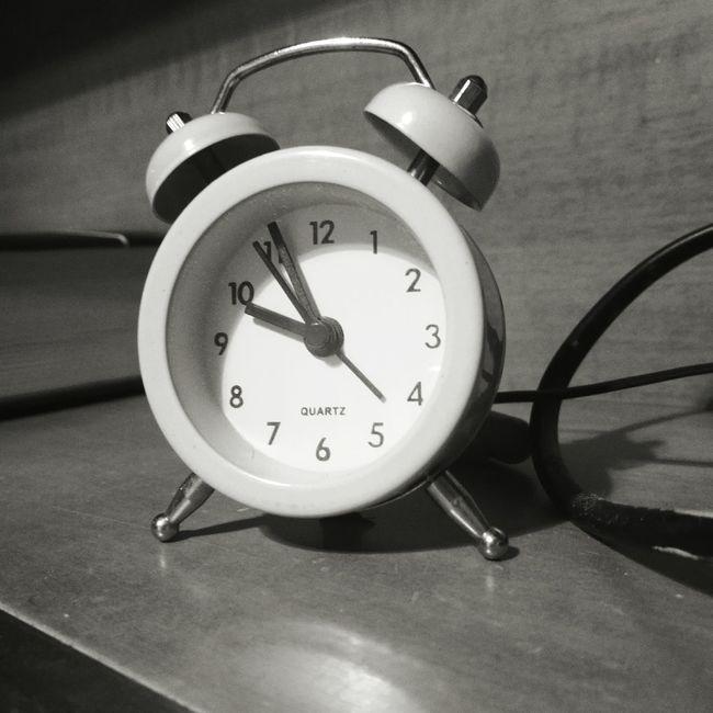 Time! First Eyeem Photo Time Blackandwhite Orologio Orologio Meccanico Sveglia Wakeup Stopping Time Infinity