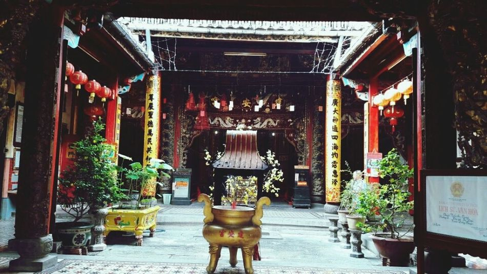 The Architect - 2017 EyeEm Awards Architecture Pagoda 😀 Travelling Girl Photography Lodvieliz Vietnam