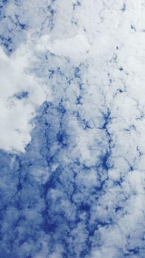 Wolken Wolkenhimmel Wolkenbilder Wolkenstimmung WolkenBewunderer Wolken *-* Wolken ☁️ Wolken Und Himmel Wolkenmeer Wolkenkunst Wolkenliebe Wolkendecke Wolkenwand