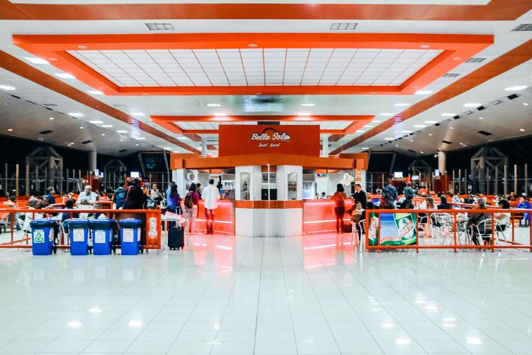 Cuba Airport Cuba Large Group Of People Indoors  Architecture People Adult Day Adults Only