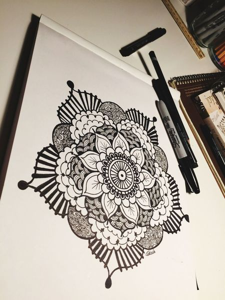 Teenage Art! Balckandwhite Streetart Summer Flowers Criolla Art Sharpie Art Sharpieart Sharpiedesign