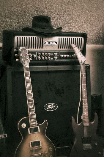 Guitar Neck Les Paul Gibson Guitar Strings Guitar Music Instrument Amplifier Peavey Hat