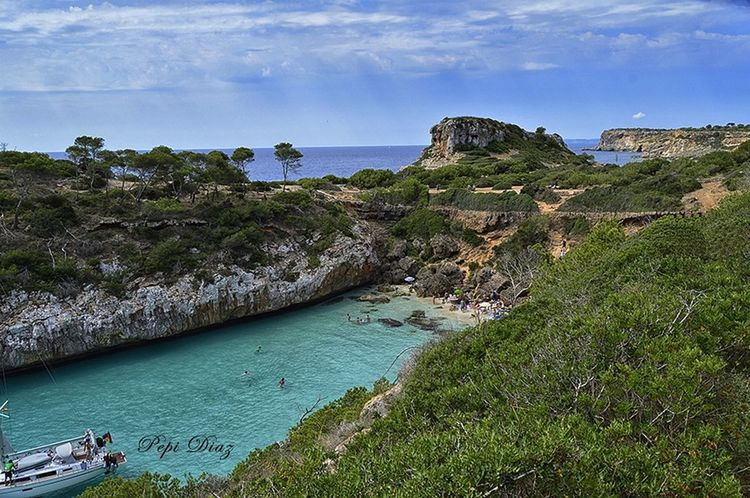 Cala del moro,en mallorca Landscape Calas Taking Photos Paisaje Natural Beautiful Beaches Water Relaxing Getting Inspired Nikon D3200