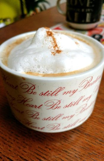 Capuccino Time Froth Art Cappuccino Frothy Drink Latte Drink Table Coffee - Drink Froth Coffee Cup Close-up