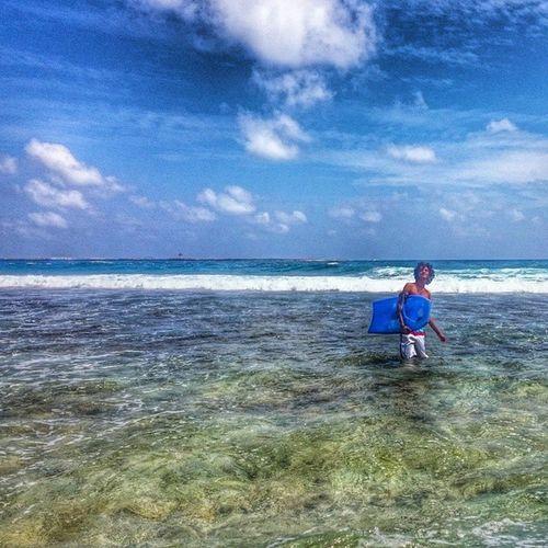 Shau Surf Raalhugandu Calm blue first entry awesome fresh sea body board wave