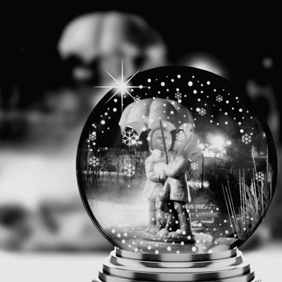 From My Point Of View Things That Make Me Smile Feeling Inspired Feeling Creative No Edit No Fun Snowglobe Cute Snowglobe Water Fountain Boy And Girl Under The Umbrella  Snow ❄ Fun Edits Fun Edit Blackandwhite Photography Monocrome Black And White Collection  Ladyphotographerofthemonth