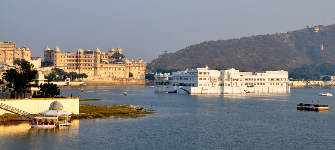 Ganges India Lake Rajasthan Udaipur