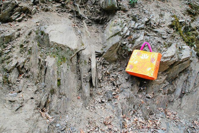 Colourful Colours Orange Color Pink Color Steine Stones Showcase April The KIOMI Collection Rocks Rock Formation Felsen Tasche Bag Shoppingbag Farbenfroh No People